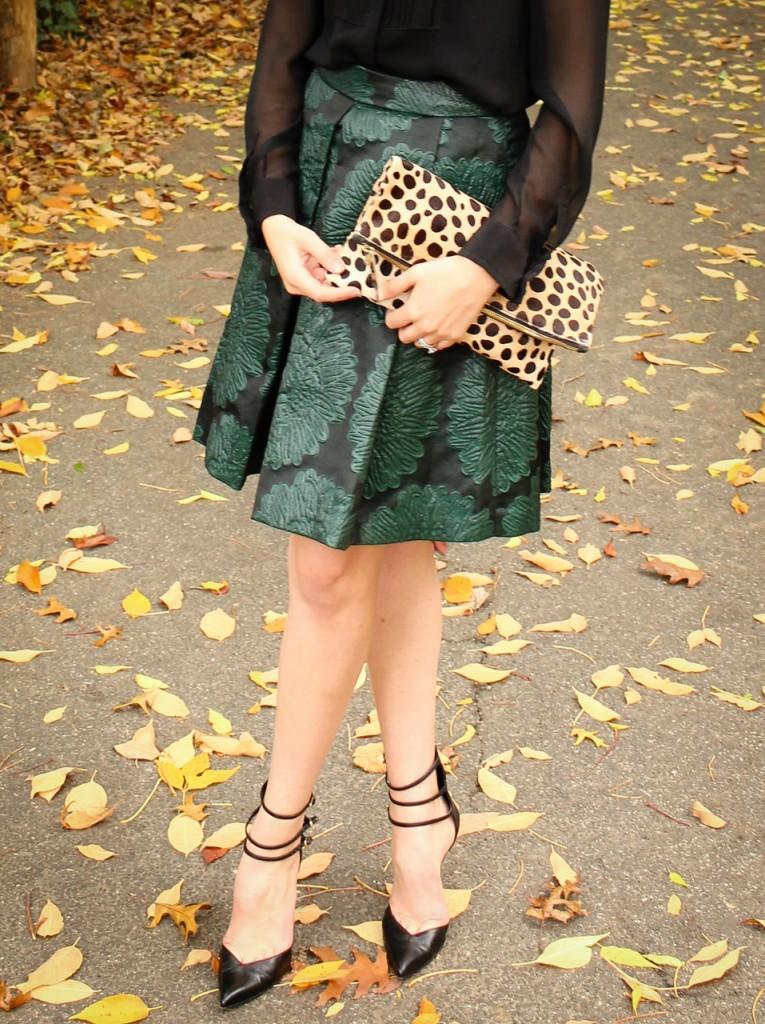 Trina Turk Julienne 2 Skirt | Clare Vivier Leopard Foldover Clutch | Stuart Weitzman Privacy Pumps | #MomentsOfChic
