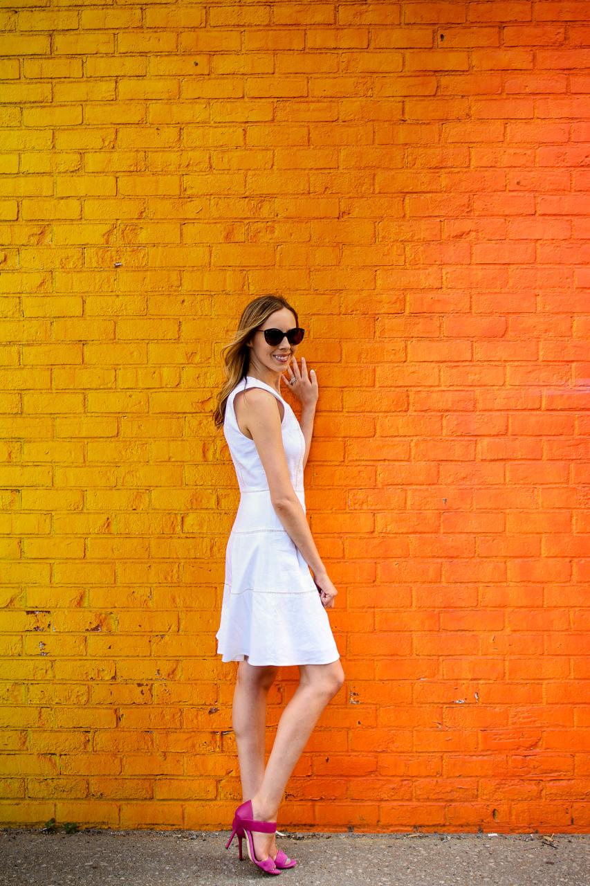 Theory Jemion Crush Wash Linen Dress   Theory LWD   Jimmy Choo Jazzberry Tallow Heels   Illesteva Palm Beach Sand Sunglasses