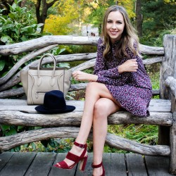 Tory Burch Silk Pleated Shirt Dress | Madewell Octavia Sandals Dark Cabernet | Celine Luggage Tote
