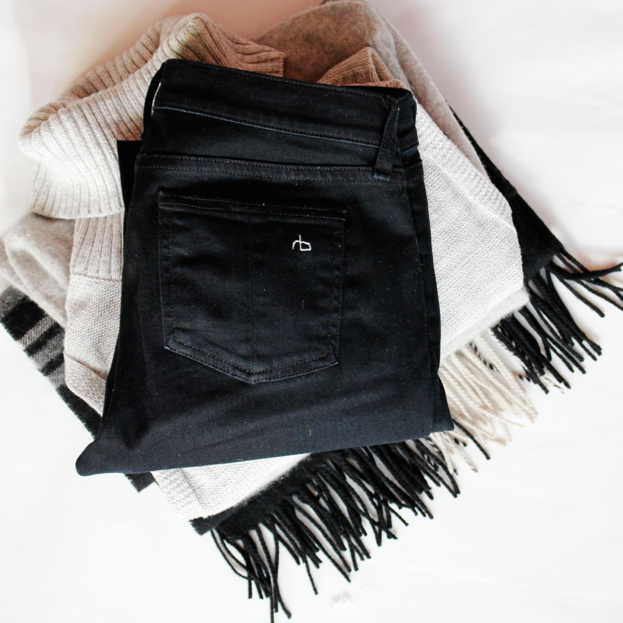 Rag & Bone Skinny Jeans in Coal
